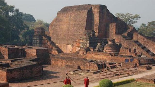 Universitas Nalanda didirikan di Nalanda oleh Kerajaan Gupta pada abad 5 M