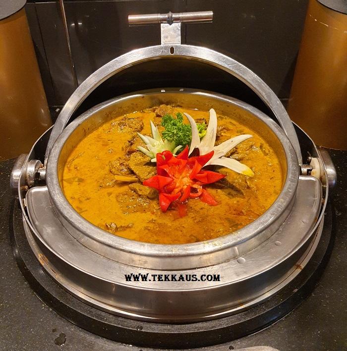 Ramadan buffet Holiday Inn Melaka Curry