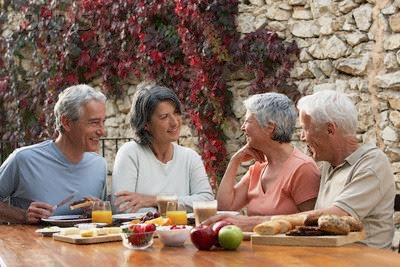 Dinh dưỡng ngày Tết cho người cao tuổi