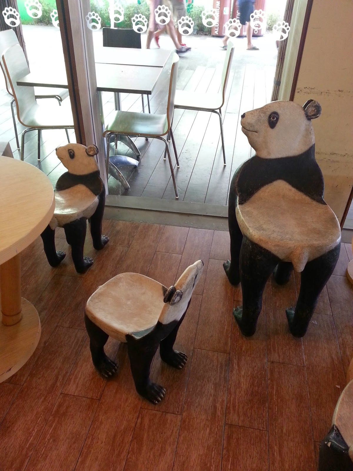 Phenomenal Zon Recommends Mama Panda Kitchen Gmtry Best Dining Table And Chair Ideas Images Gmtryco