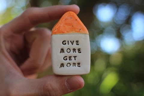 Knowledgepreneur : Give More Get More