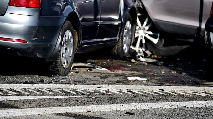 Összeütközött két autó az 52-es főúton Kecskemétnél