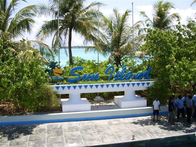 Sun Island Resort (C) JUREBU