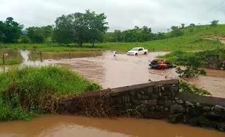 Empresário morre após carro de trilha virar em rio no Sudoeste da Bahia