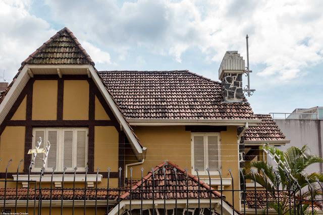 Uma casa na General Carneiro - detalhes