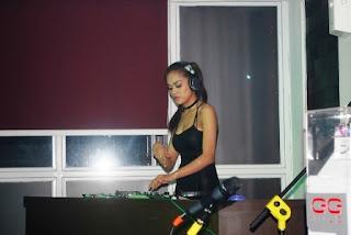 DJ Shinta Krisna Ramaikan RendeZvous Dine & Drink Palembang