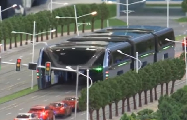 new-china-straddling-bus