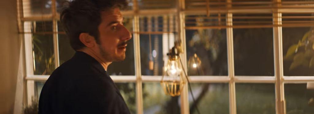Pubblicità Petti, modella castana come si chiama? L'attore è Paolo Ruffini ma la ragazza..?
