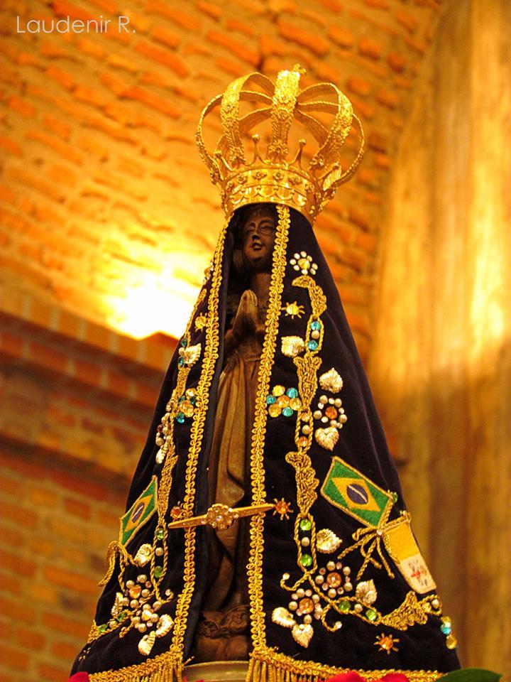Imagens de Nossa Senhora Aparecida amarelo