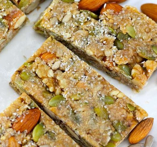 KETO NUT BARS – NO BAKE KETO SNACKS #healthy #ketodiet