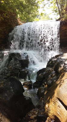 tanyard creek waterfall bella vista