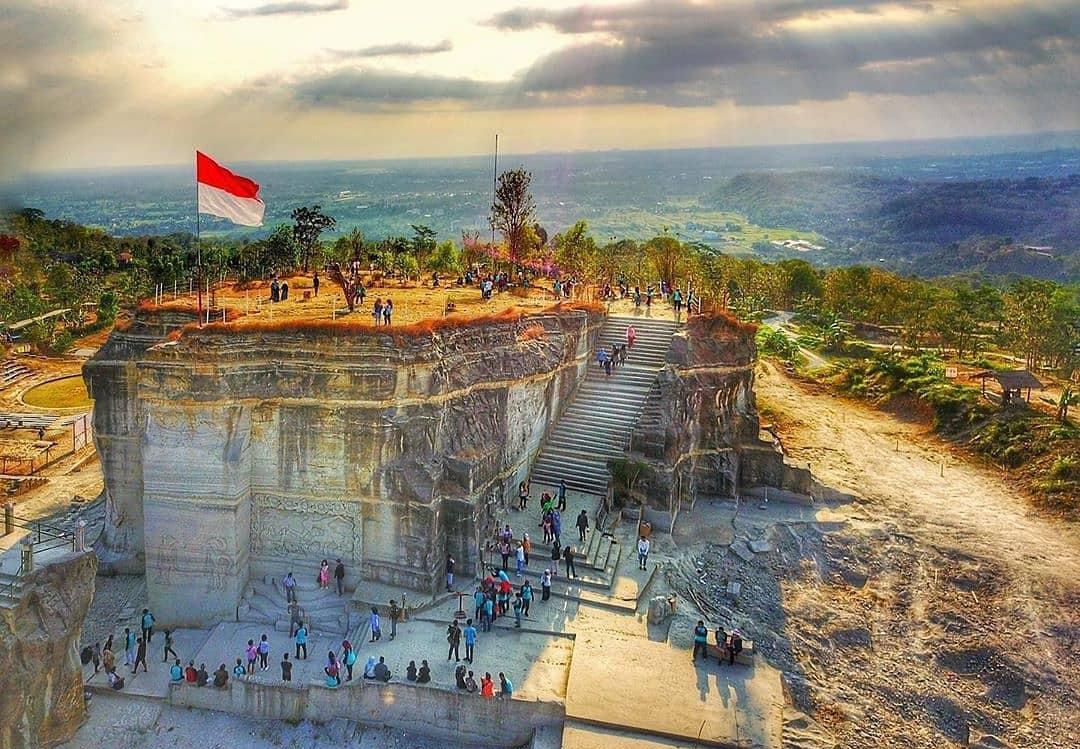 obyek wisata terbaru di jogja Harga Tiket Masuk Tebing Breksi Jogja Terbaru 2019 Wisata