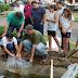 Lago da Praça Zequinha de Abreu ganha mais peixes