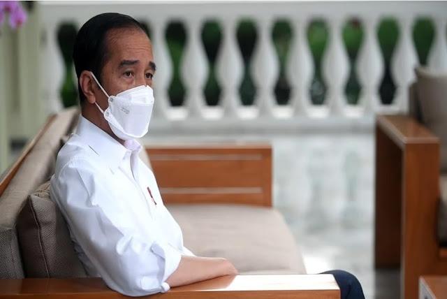 Imun Sinovac Turun 6 Bulan, Jokowi Perlu Suntikan Ketiga Bulan Ini