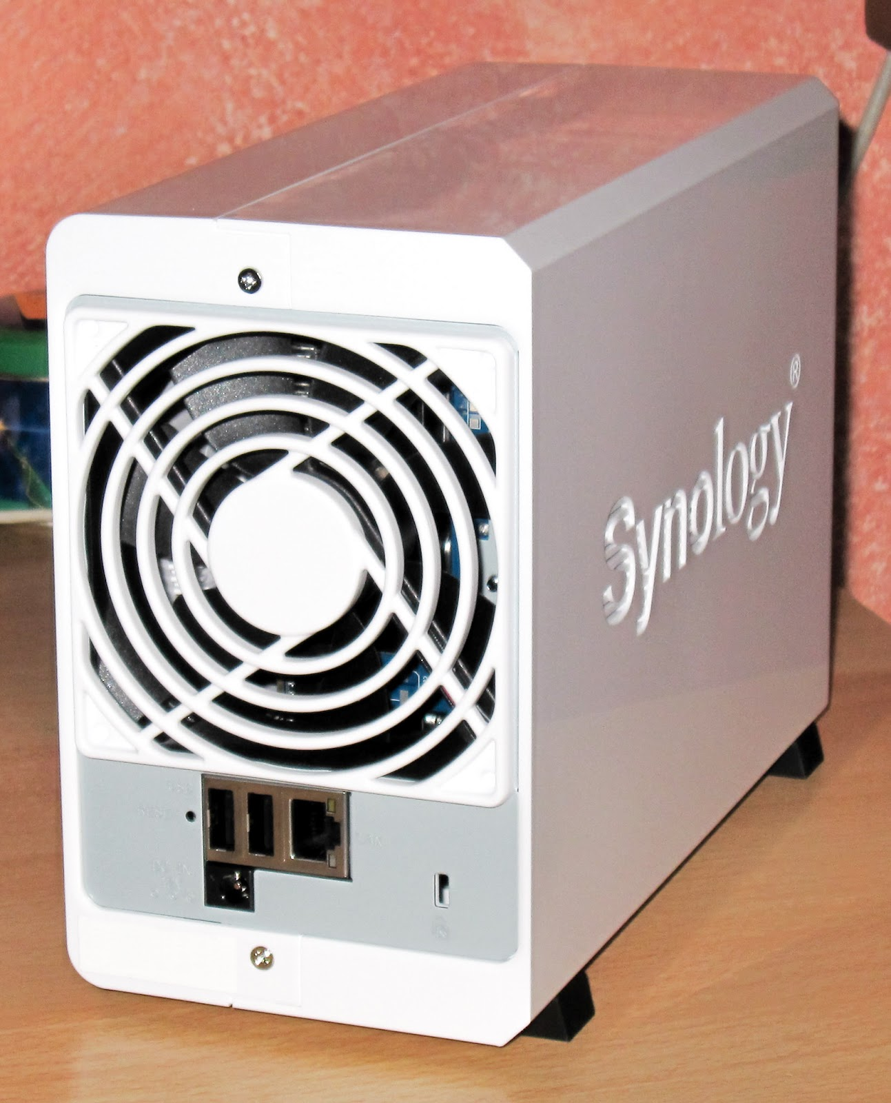 ... Synology Disk Station DS213j Review photos, benchmark, and power  consumption test