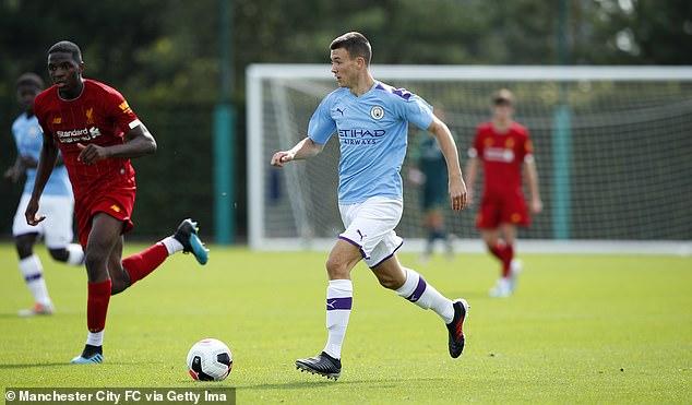 M.U giật tiền đạo ghi 600 bàn của đội trẻ Man City
