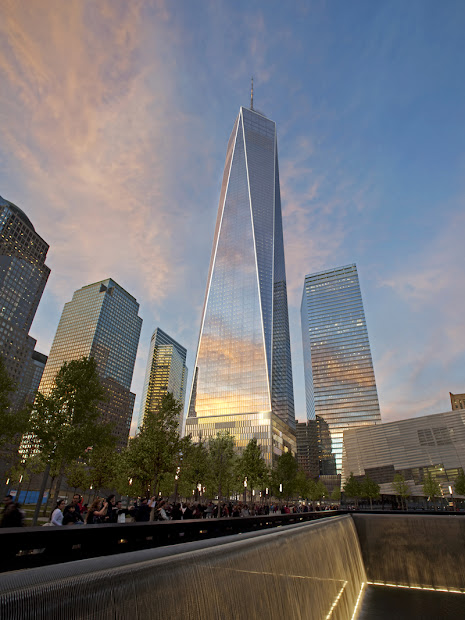 Modern Cabinet Of World Trade Center Freedom Tower Manhattan York City