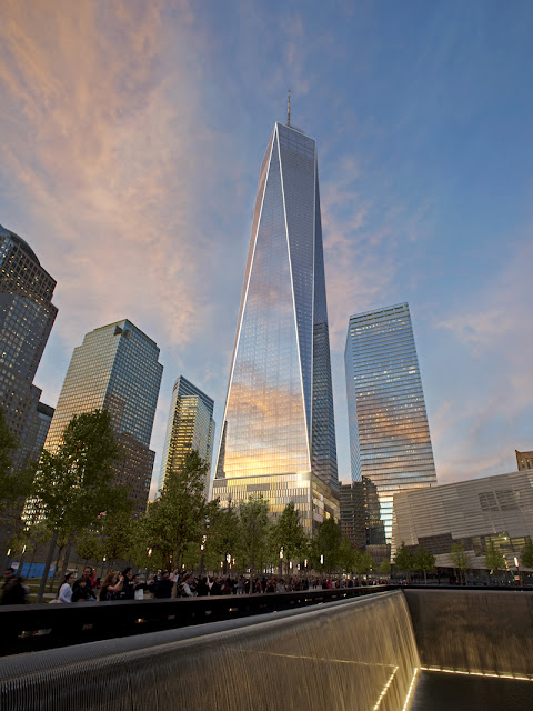 Photo of new 1WTC as seen from the memorial park