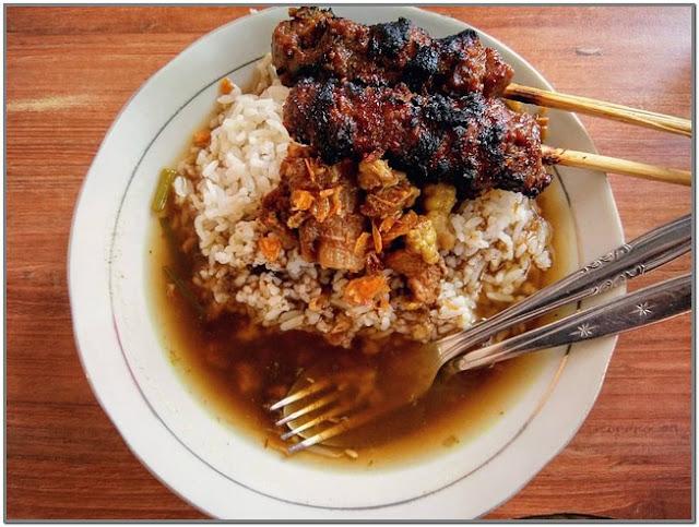 Sate Pak Djamil;10 Top Kuliner Mojokerto;