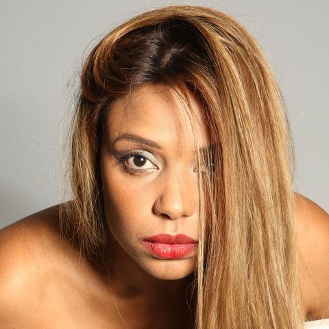 """Kiara Timas:""""O beijo que não dei"""", é o primeiro single, avanço do álbum a ser editado em data a anunciar."""