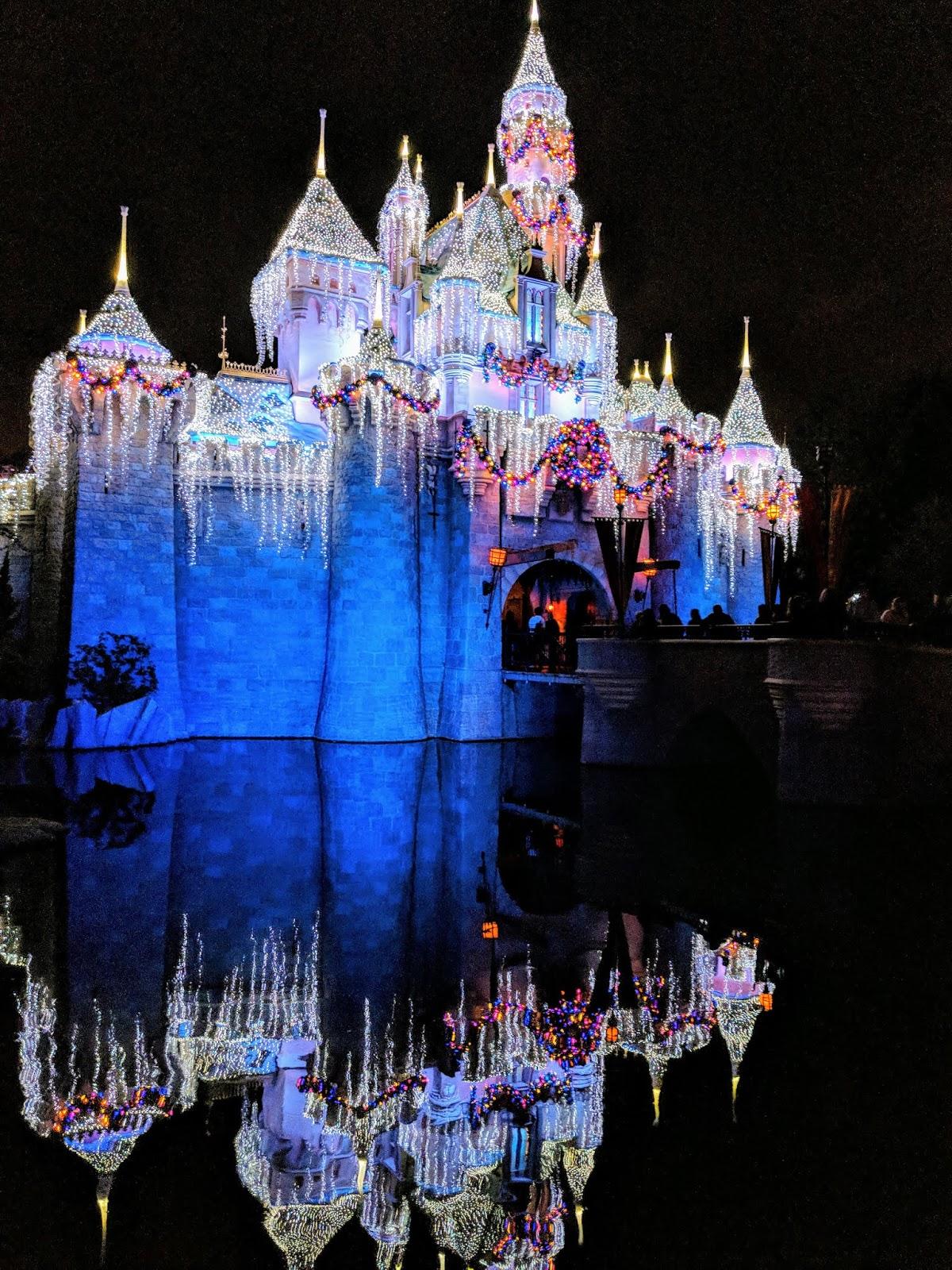 Celebrate The Holiday Season At The Disneyland Resort Starting