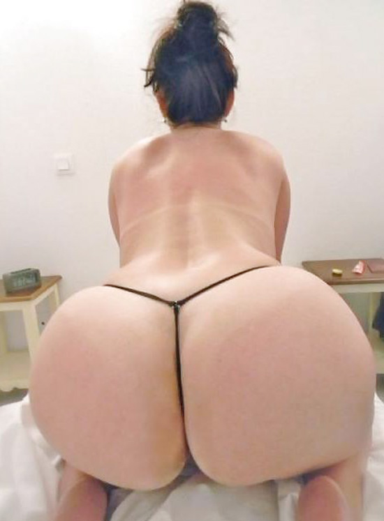 Ametuer ass thumbs photos and other