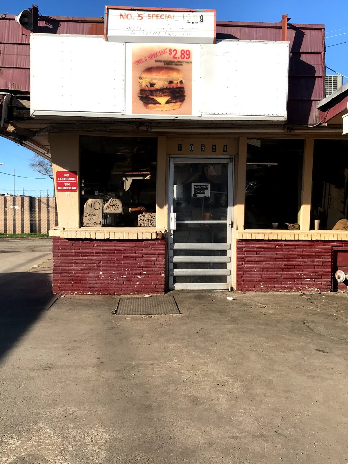 Kellers Drive In For Fresh Homemade Burgers and Shakes