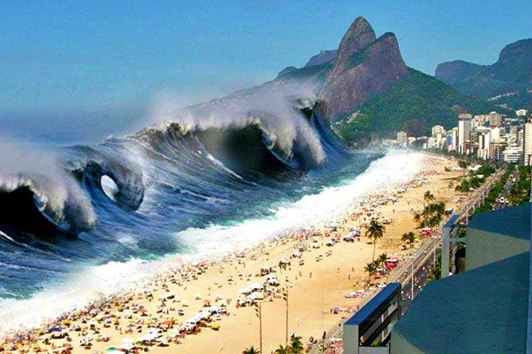 Deniz sahilden aniden çekilirse ve tabanı ortaya çıktıysa tsunami olacak demektir.
