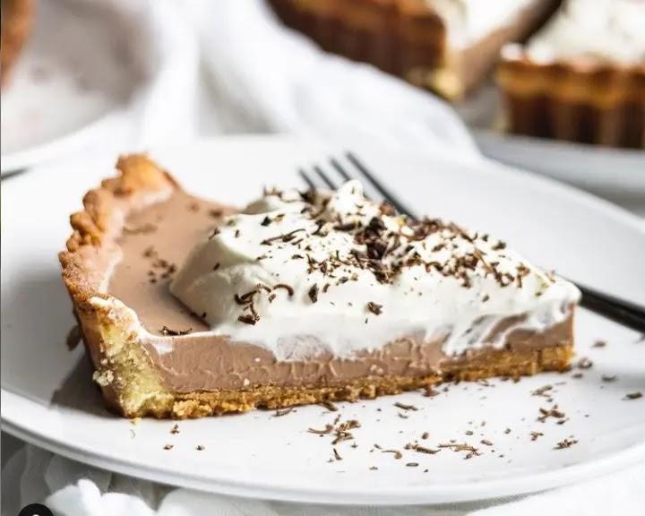 """keto chocolate cream pie recipe"", ""best keto chocolate cream pie recipe"" ,""keto chocolate cream cheese pie"", ""keto chocolate coconut cream pie"""