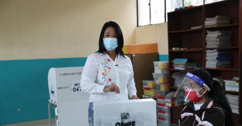 KEIKO FUJIMORI: Candidata presidencial emitió su voto en colegio de Surco - Lima