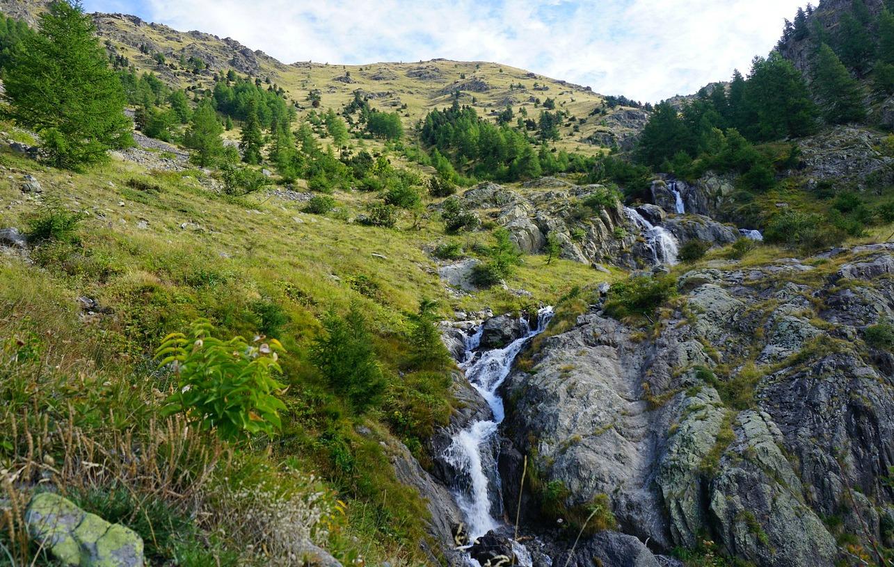 Waterfall in Vallon de Vens