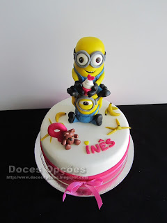 minions birthday cake banana
