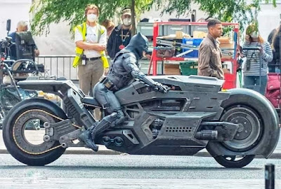 Batman & Batcycle Spotted On The Flash Movie Set