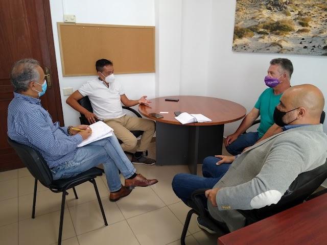 Cabildo de Fuerteventura  se reúne con operadoras de telecomunicación para extender la conectividad con fibra óptica en la isla