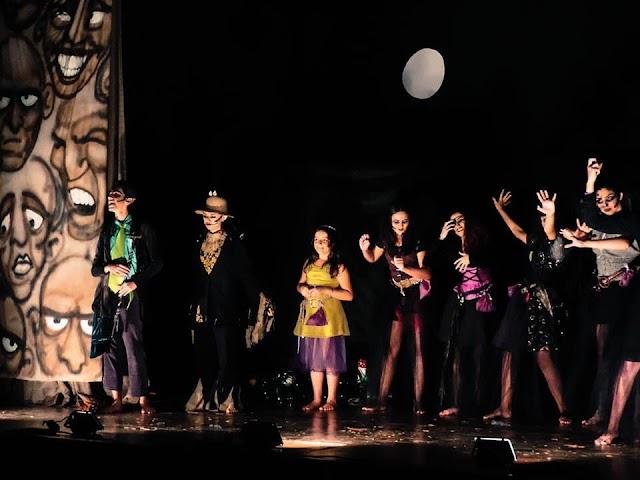 """Espetáculo teatral """"A bruxinha boazinha"""" está de volta"""