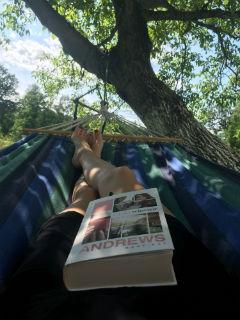 "relaks na full, ""Babski wieczór"" Mary Kay Andrews, fot. paratexterka ©"