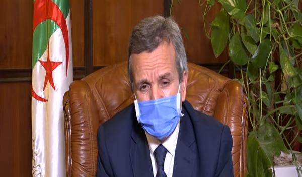 """وزير الصحة : """" ندرس مختلف السيناريوهات المحتملة """""""