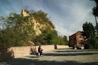 Santo Stefano, La Rocca e La Parrocchiale