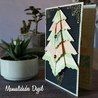 Tarjeta navideña vintage con relieve