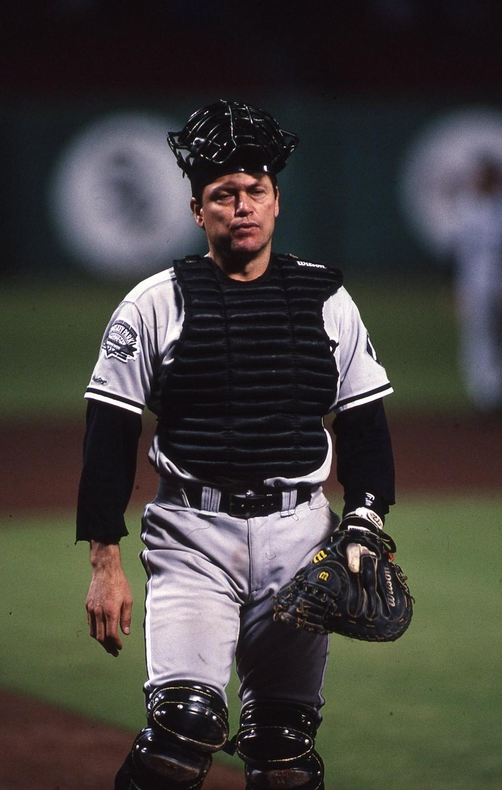 Carlton Fisk 1983: Doug Wilson's Baseball Bookshelf: Pudge: The Biography Of
