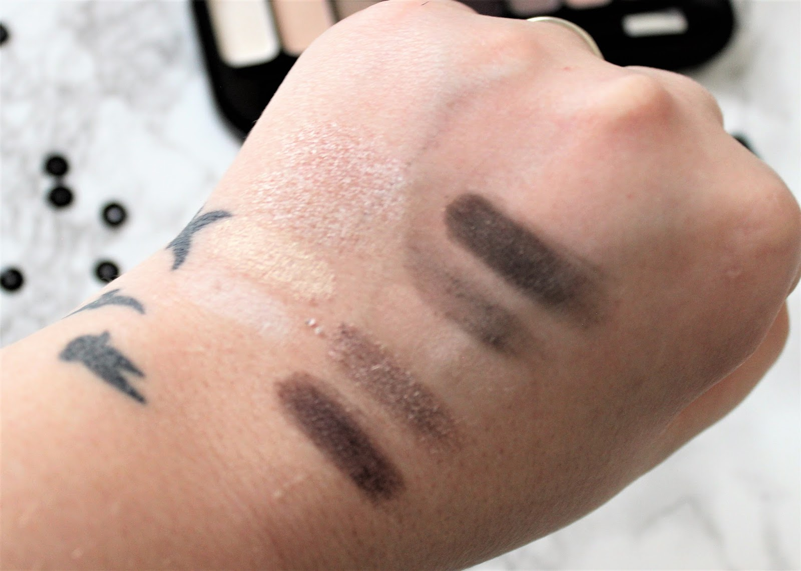 Jesse's Girl Eyeshadow Swatches