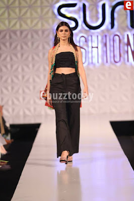 So-kamal-collection-2017-at-pfdc-sunsilk-fashion-week-11