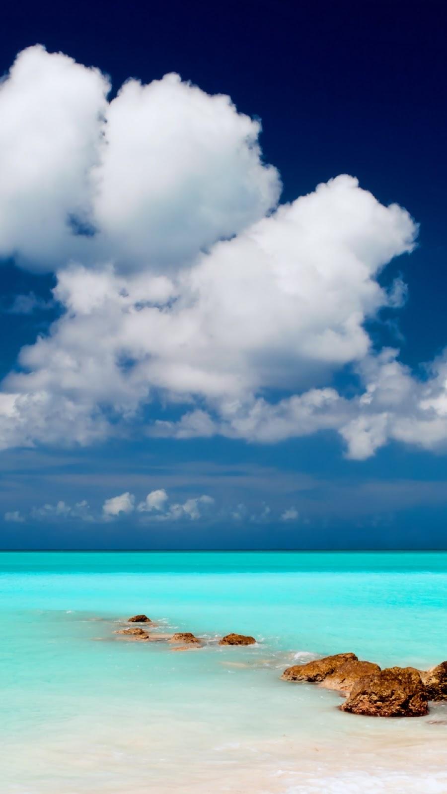 Wallpaper Android Laut Biru Dan Awan Putih