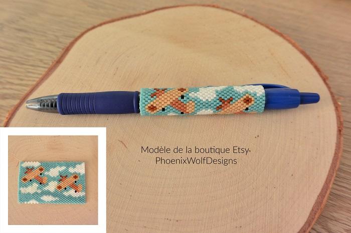 Cover pen avions en perles Miyuki modèle Phoenix Wolf Designs tissé par Hello c'est Marine