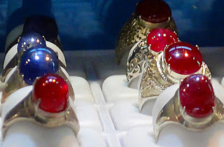 ruby cabochon rings