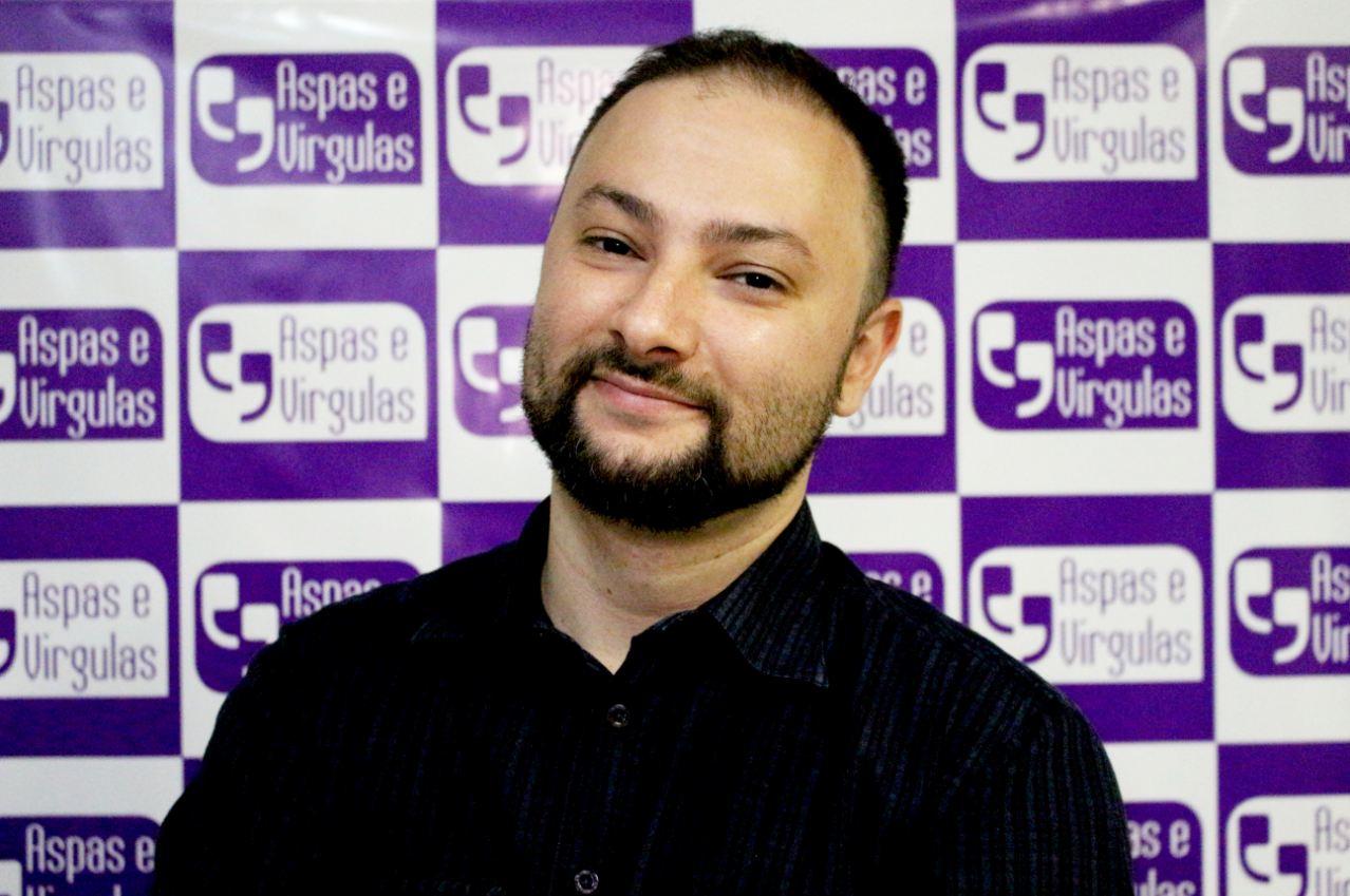 e549089ef Entrevista com Bruno Peres, ex atuante da Onu e autor do livro