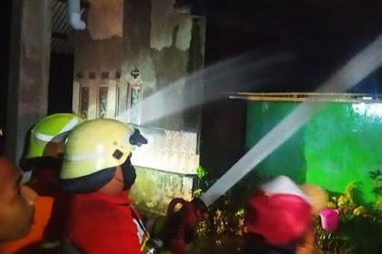 Ditinggal Sholat Tarawih, Rumah di Jombang Hangus Terbakar
