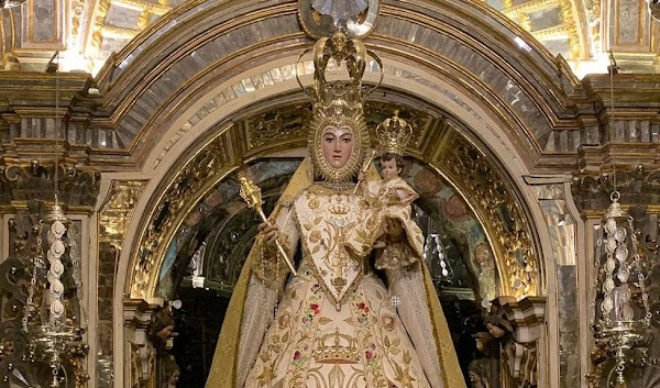 Suspendidos el pregón y el cartel de las Glorias de María de este año en Granada