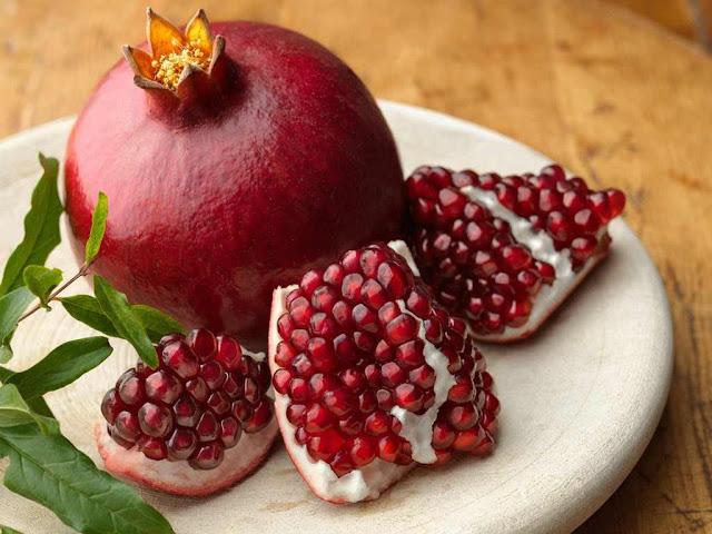 لا يصدق| سيدة فاجأت الأطباء بشفائها من السرطان بعد تناولها   هذه الفواكه فقط  تعرف على السر