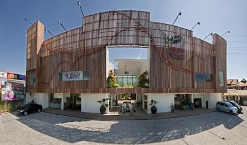 Ayo Main Ke Kampoeng Semarang, Pusat Oleh-Oleh & Kuliner Khas Semarang